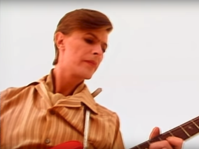 David Bowie – Be My Wife