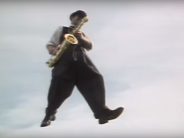 Madness – Baggy Trousers