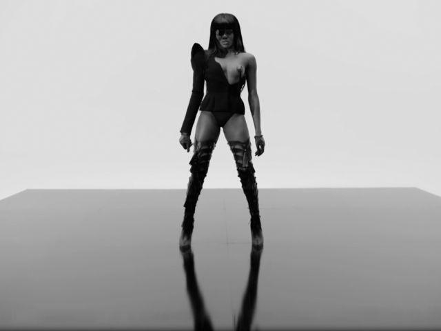 Azealia Banks - Chasing Time