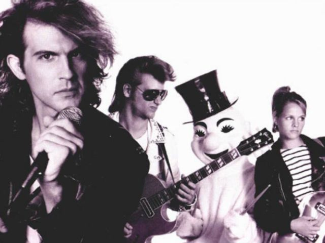 Men Without Hats - The Safety Dance (Extended Club Mix)
